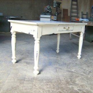 Morganti Arreda tavoli in stile