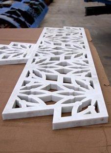 marmo bianco intagliato