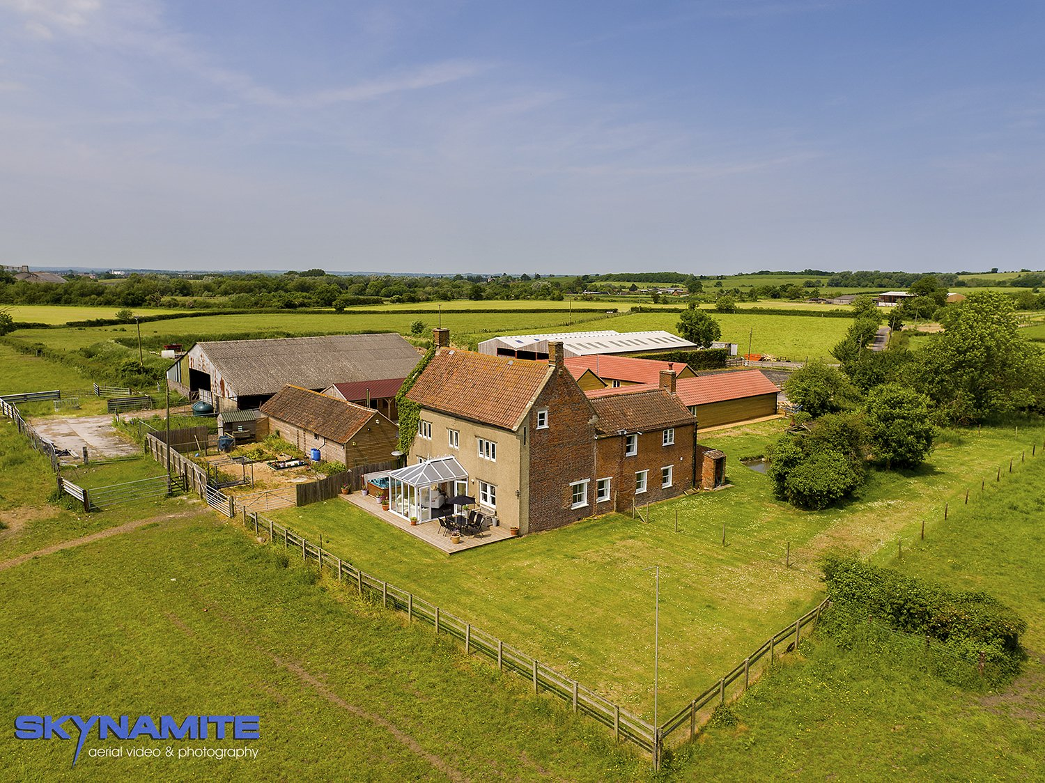 Aerial picture of a Wiltshire farm house