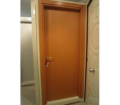 Porta interna effetto legno