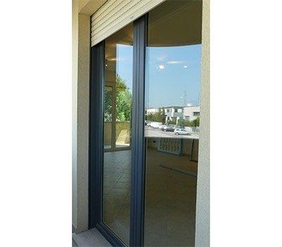 Finestra alluminio serranda