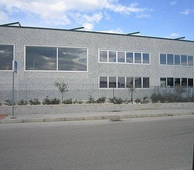 Porte finestre capannoni
