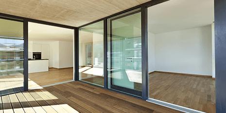 Vista delle vetrine di un'ufficcio a Pianiga