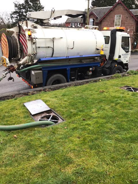 Signs You Need Septic Tank Emptying Services