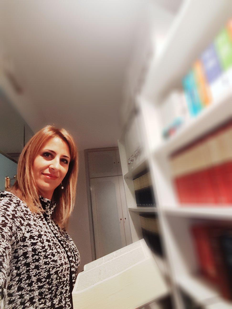 Avv. Valeria Lo Vecchio