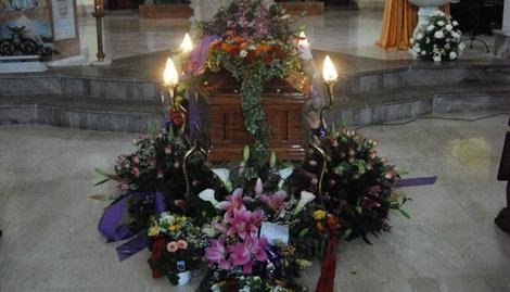 abbobbi per rito funebre