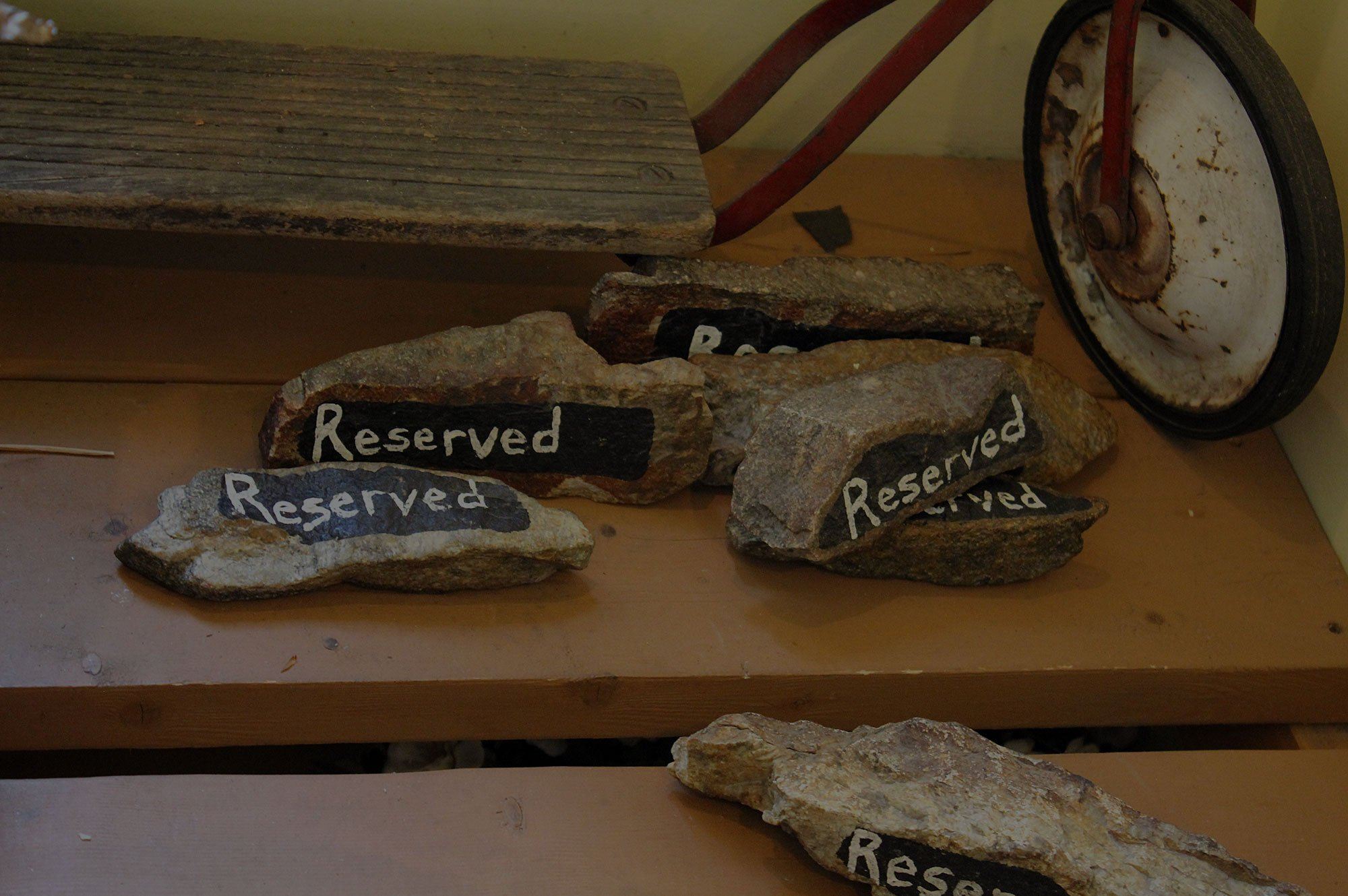 Reserved rocks for tables