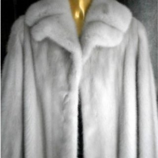 pelliccia grigio chiaro