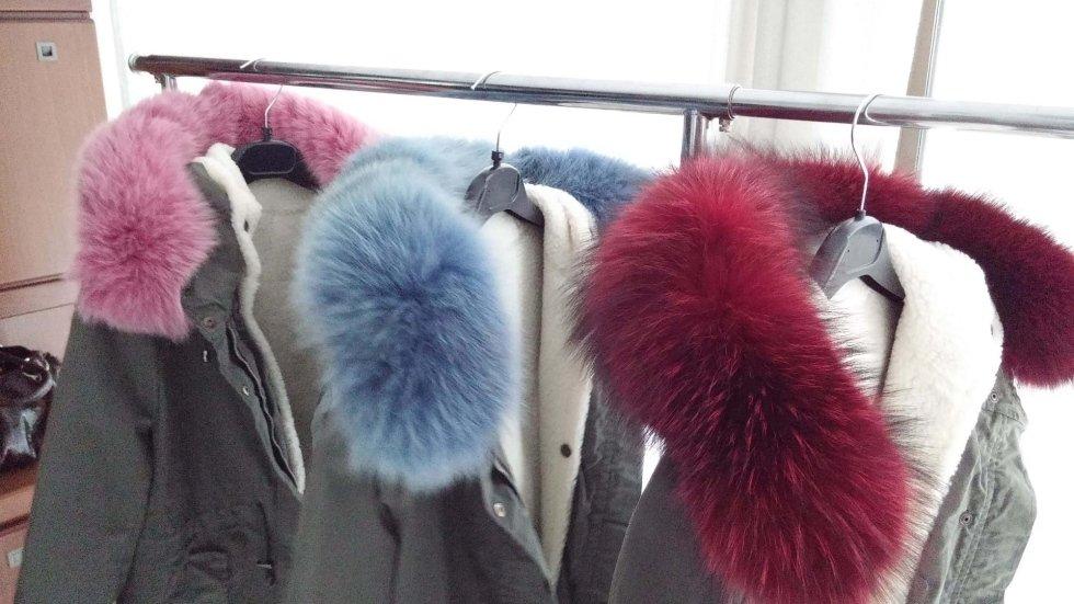 accessori in pelliccia colorata