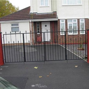 driveway gates - Bristol, Bath, Clevedon, Newton St Loe, Corsham, Weston-Super-Mare, Chippenham - Ornamental Welding - gates