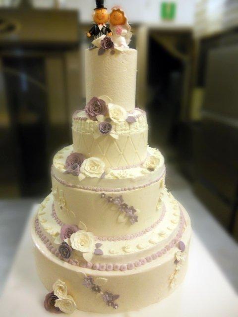 Torta matrimoniale color Bianco e Lilla_