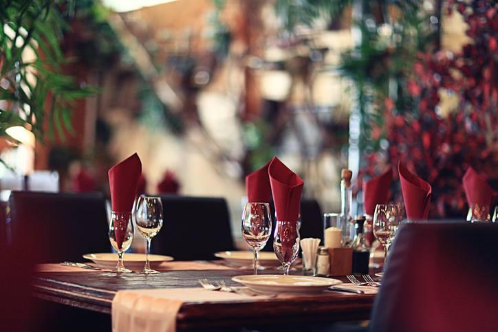 dettaglio di tavoli prenotati per san valentino
