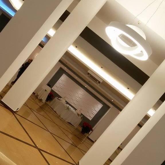 foto di corridoio di ristorante