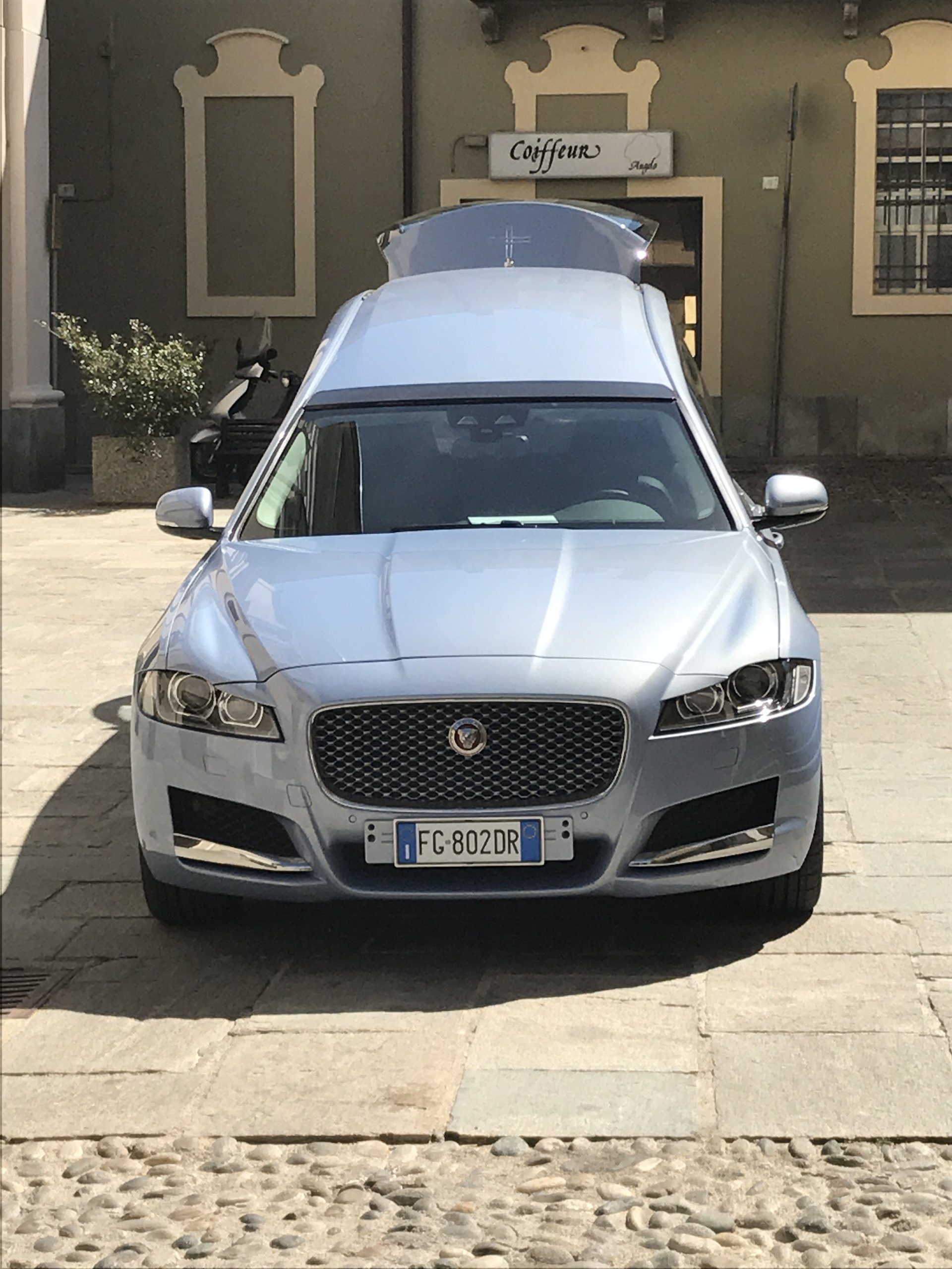 auto servizi funebri