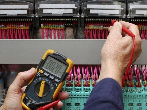 controllo impianti elettrici