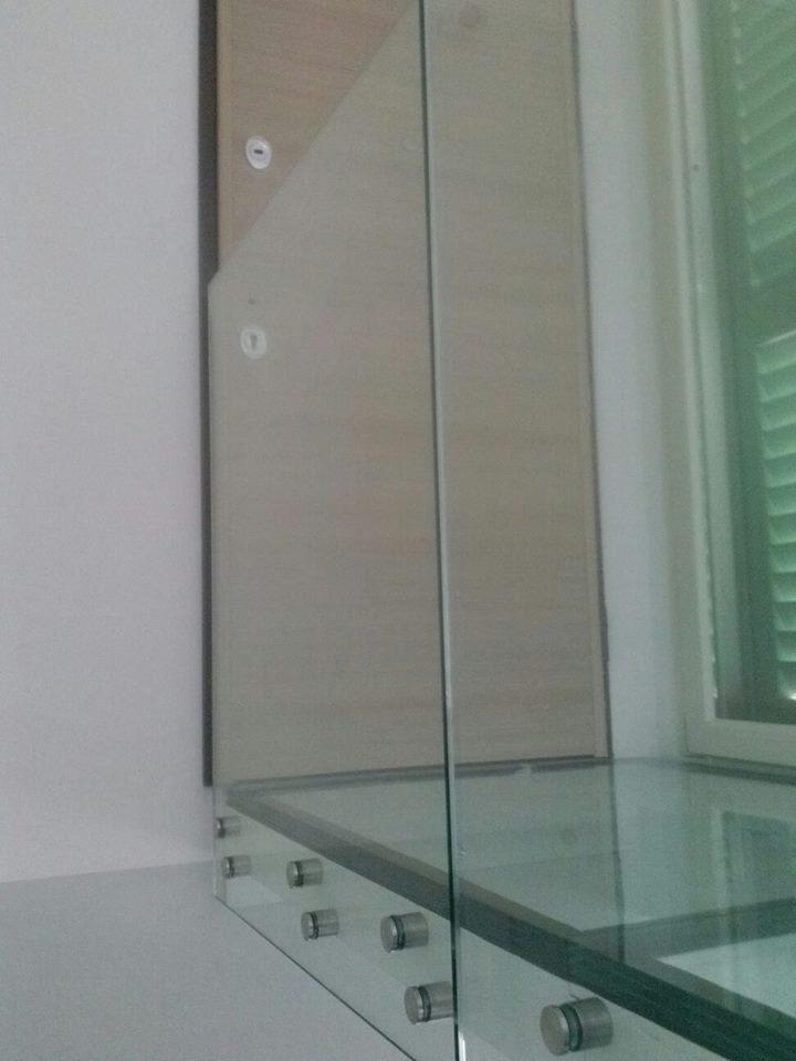 Ringhiera e passatoio in vetro