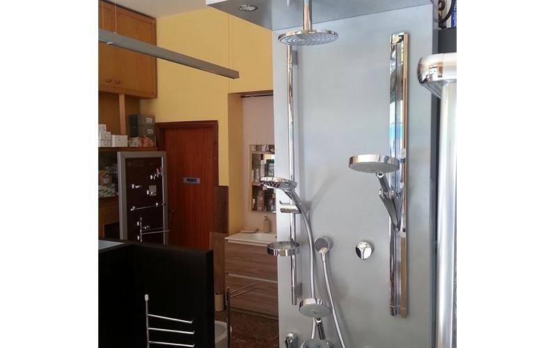 Vendita arredo bagno e sanitari villafranca lunigiana for Vendita arredo bagno