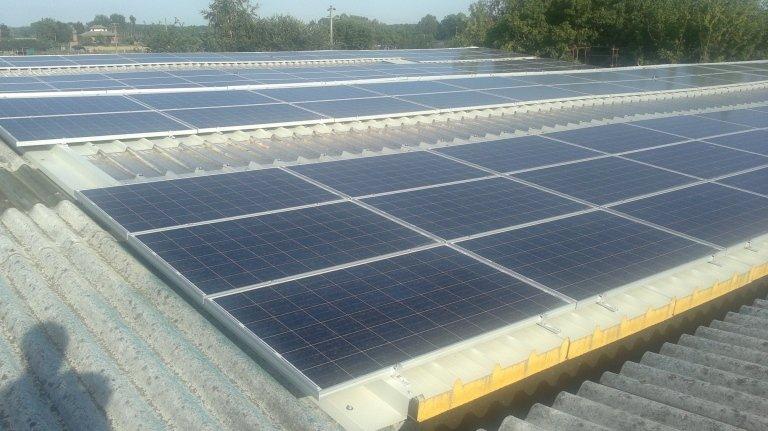 impianto realizzato su tetto onduline