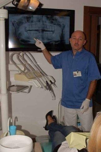controllo lastra per apparecchio dentale