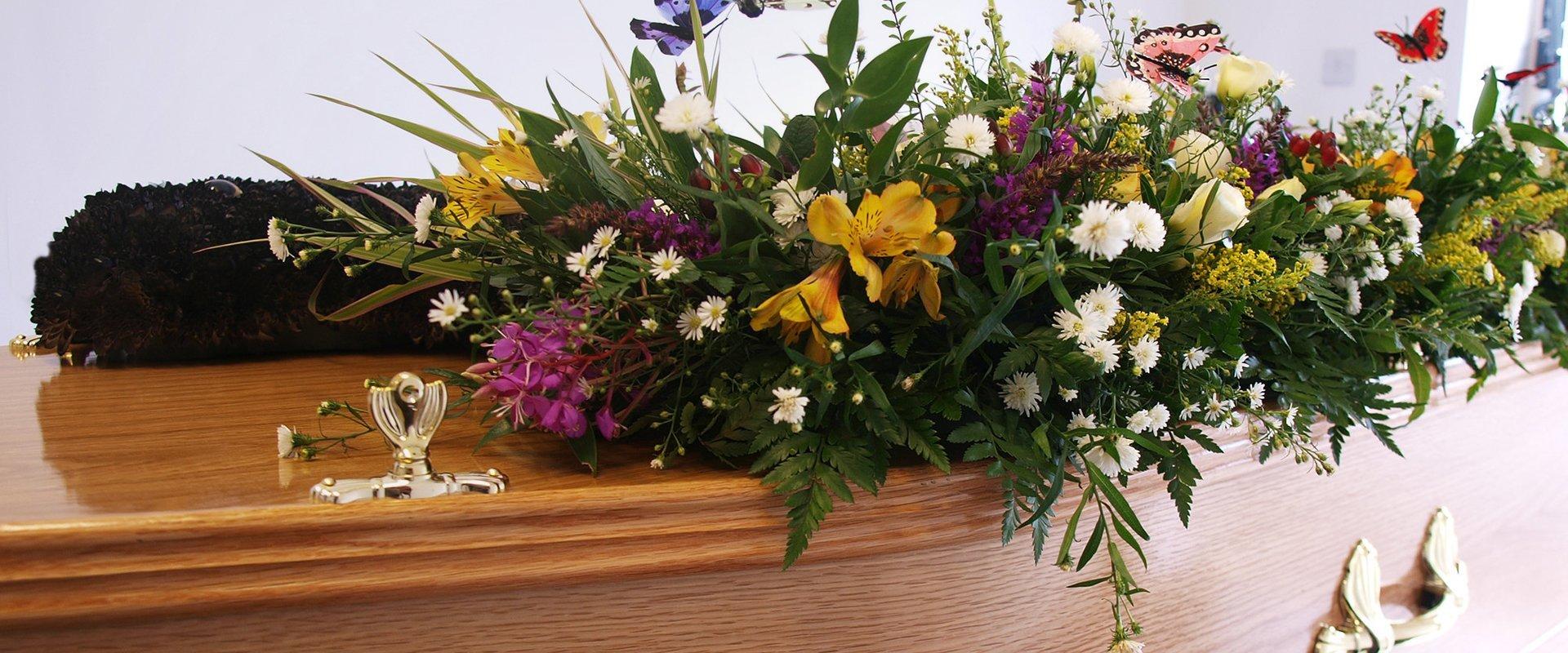 Funeral Flowers W D Paul Funeral Directors