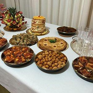 delle specialità' in un buffet