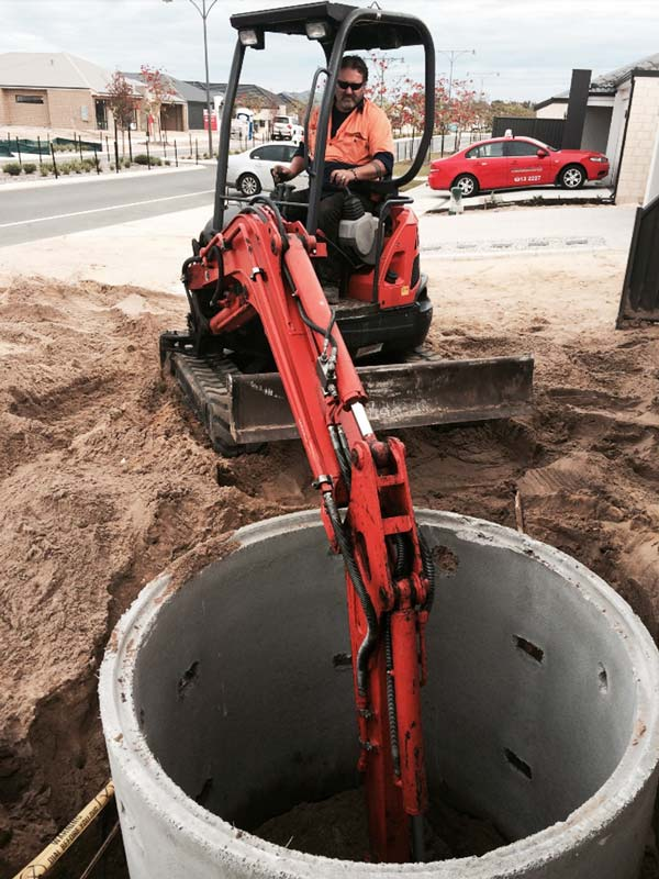 Mini Excavators soakwells top