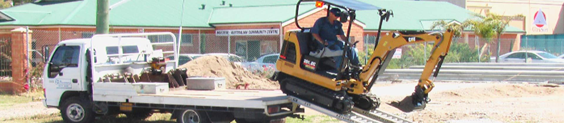 mini excavators services hero image