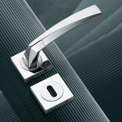 maniglie porte interne