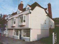Grade 11 listed house in Faversham Kent. Building survey
