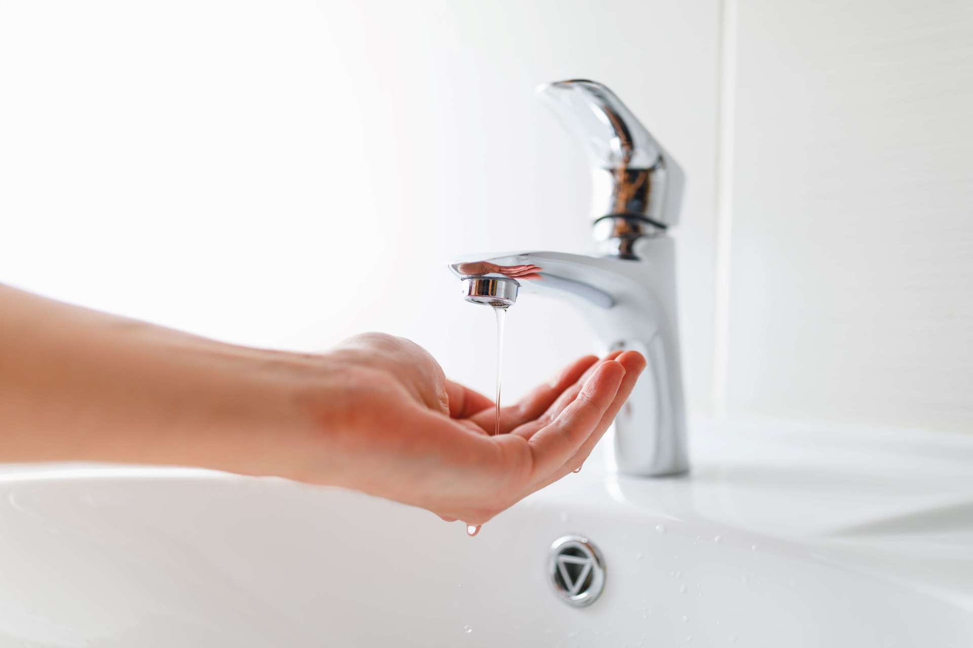 7 Reasons Your Home Might Have Low Water Pressure
