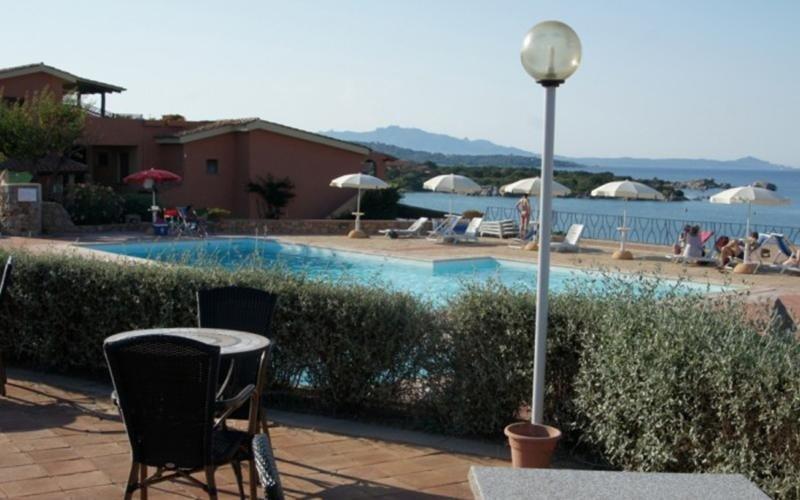 Bar with pool