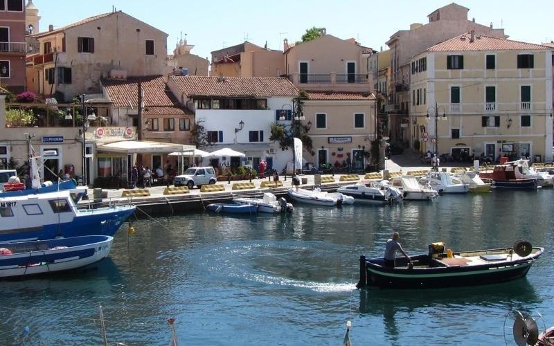 Vacanze Isola La Maddalena hotel