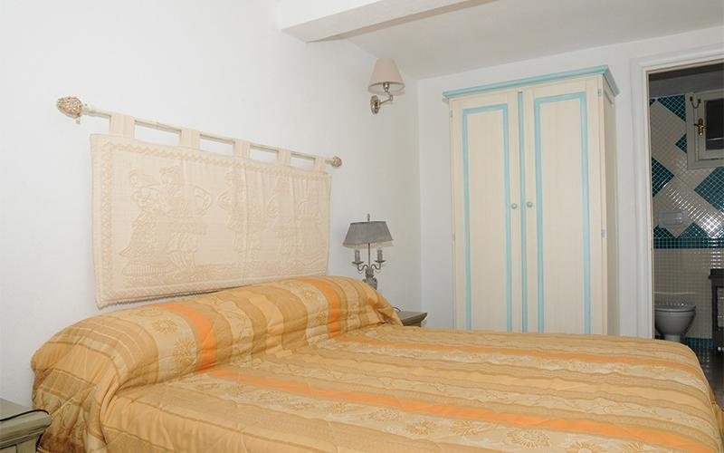 M4 double room, double bed