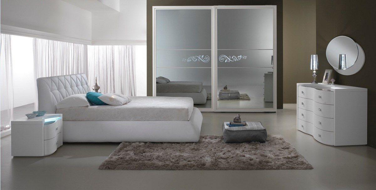 Arredamento moderno per camera da letto