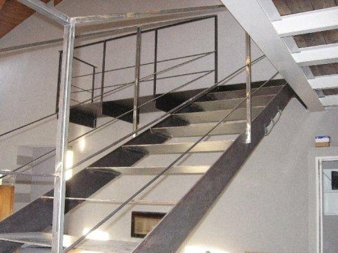 scala in alluminio e acciaio