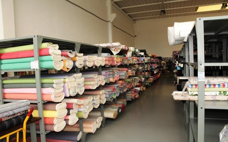 magazzino tessuti