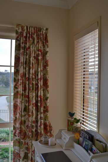 curtain and blinds in room