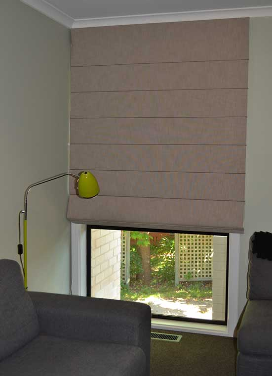brown blinds with yellow lamp