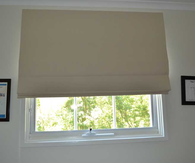 closing blinds on window
