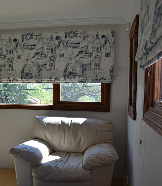 blue and white patterned blinds