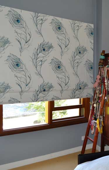 feather blinds 4