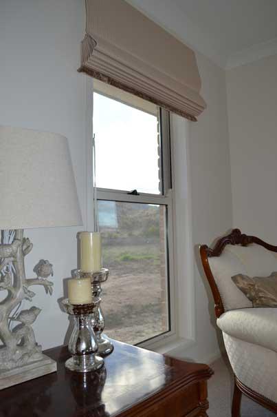 clean window in living room