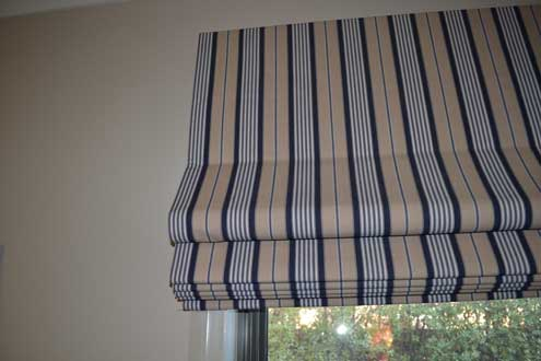 cream and blue lined blinds