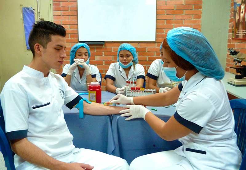 Eforsalud Auxiliar En Enfermería