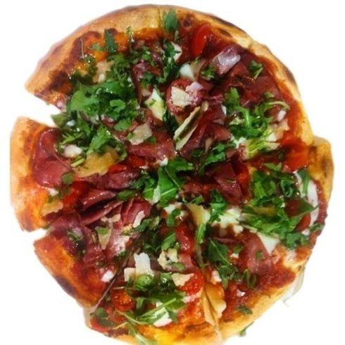 Pizza Prosciutto Rucola Pomodorini e Grana