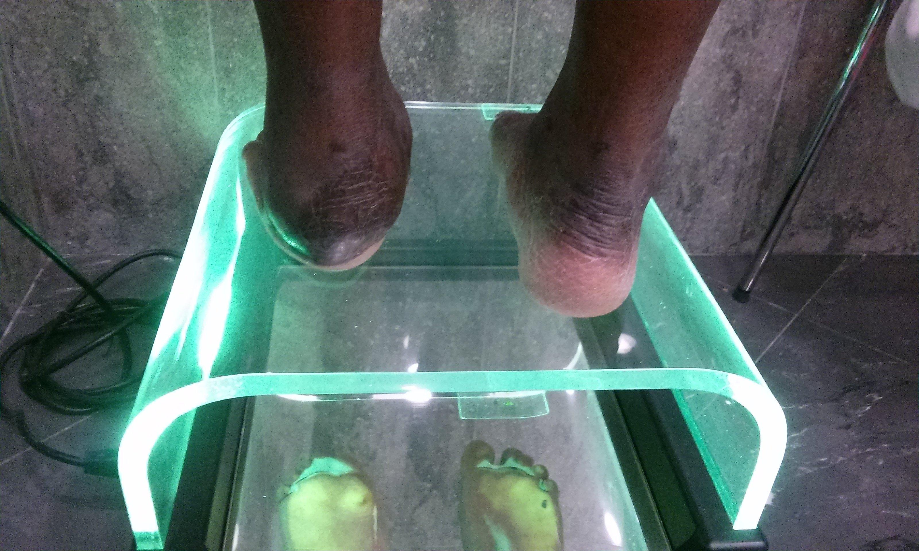 macchinario per prendere l`impronta del piede
