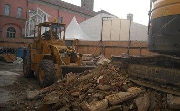 scavi nei capannoni