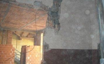 demolizioni interne di pareti
