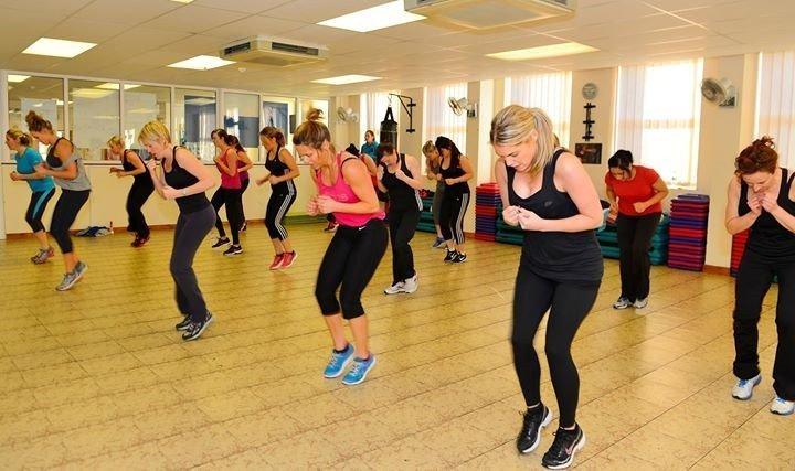 ladies enjoying at the aerobic class