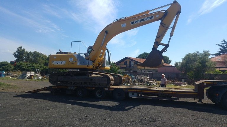 noleggio escavatore da 30 tonnnellate